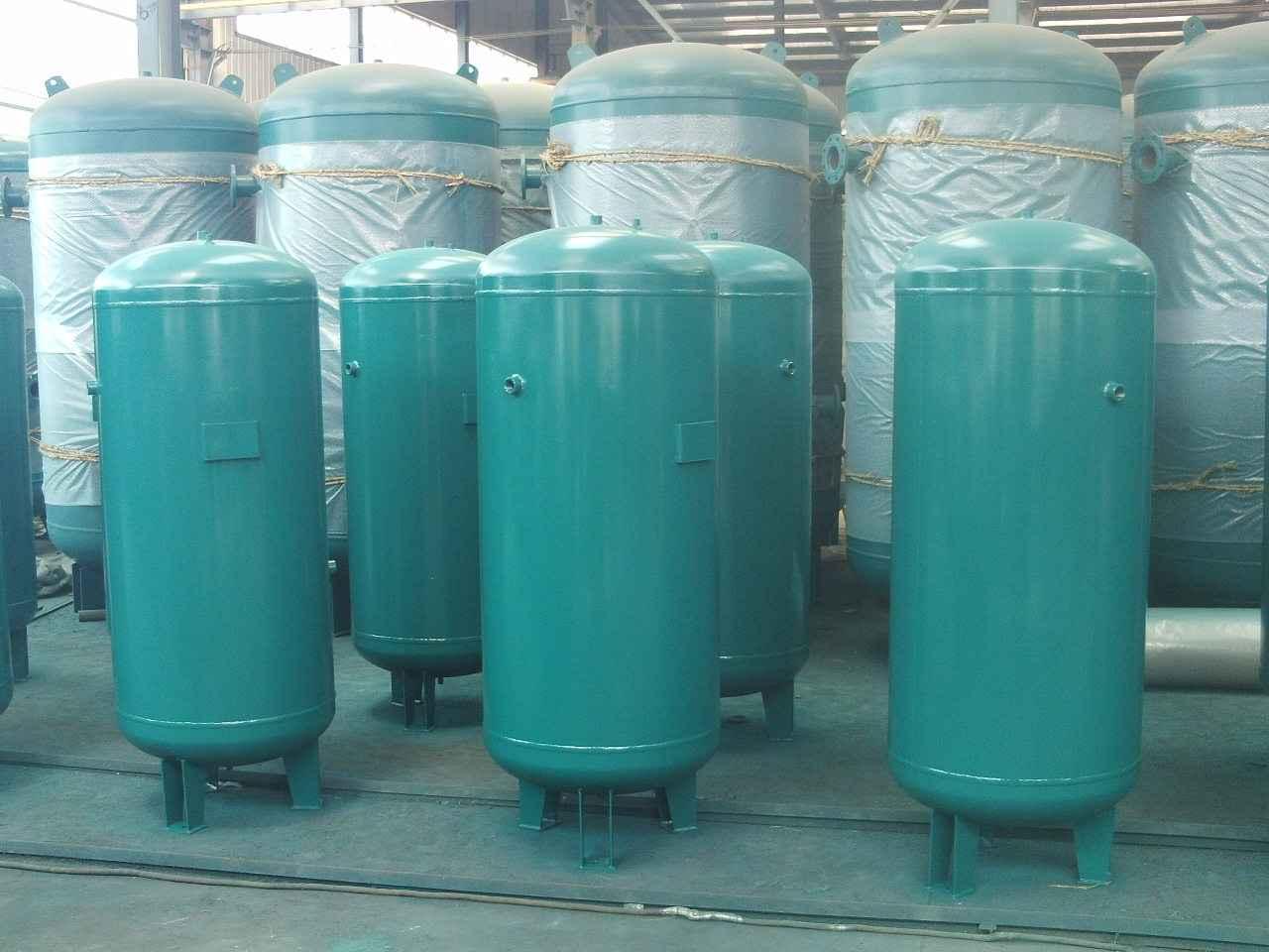 导致储气罐腐蚀和生锈的原因是什么?