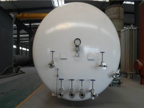 LNG储罐的阀门和管材的选择方式